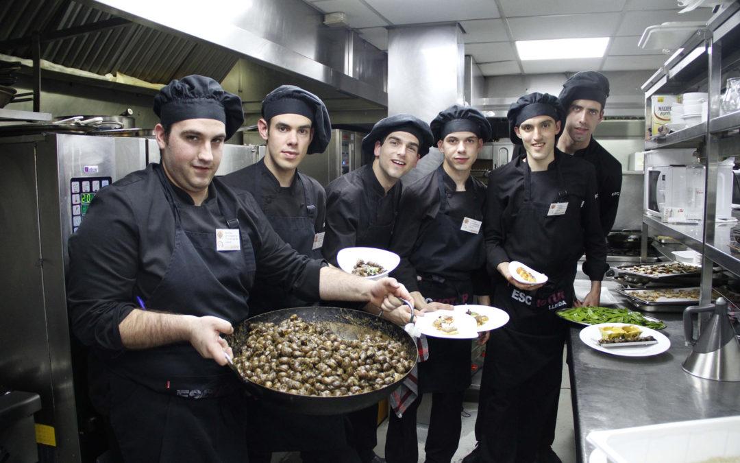 Creativitat i entrega de l'Escola d'Hoteleria al Caragol Tour