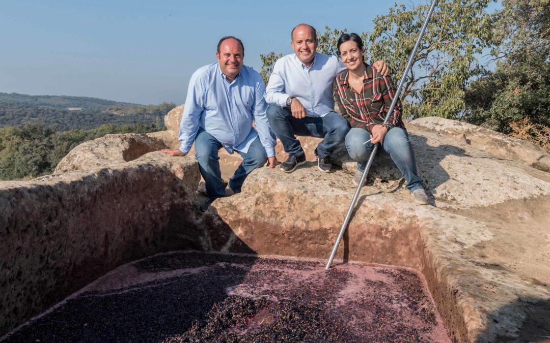 Costers del Sió vinifica en trull de pedra del segle XI 4.000 quilos de Garnatxa i Syrah