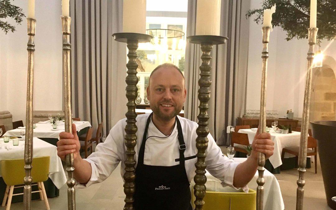 (Català) El xef Mateu Blanch promociona la cuina de Lleida al Parador del Roser