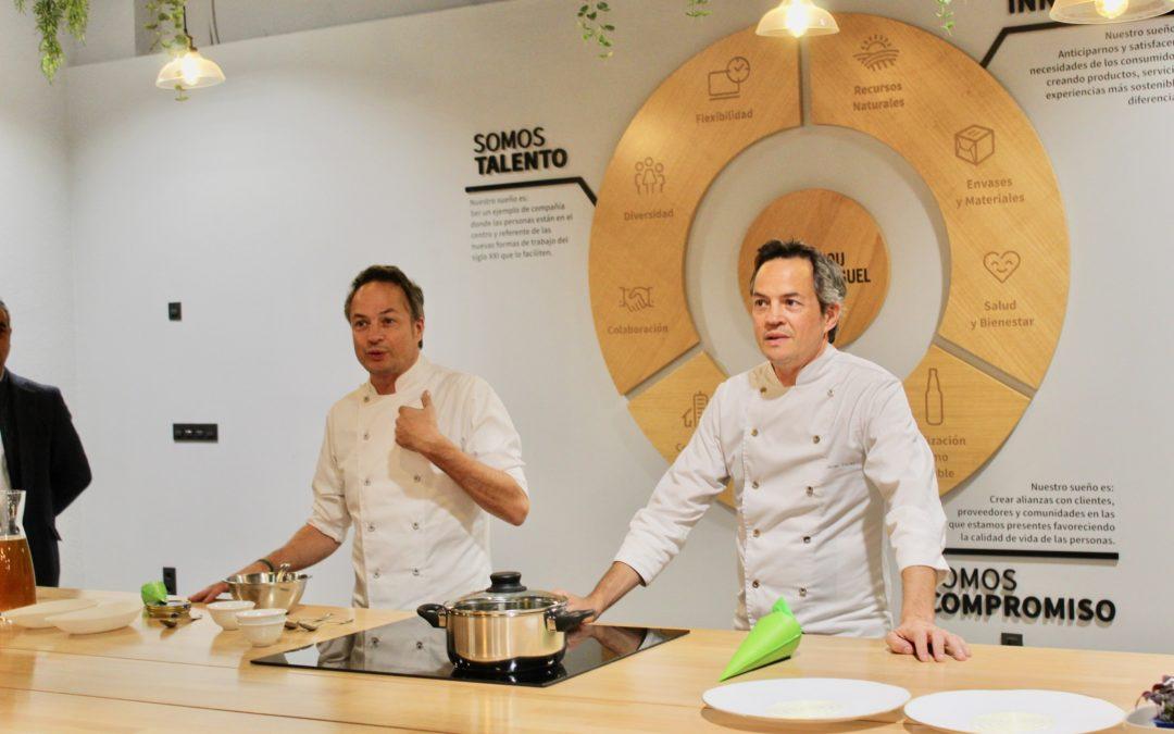 Taller y demostración de cocina de los hermanos Torres en el Espacio Cervecero de San Miguel en Lleida